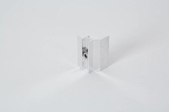 gunes-paneli-kenar-tutucu-aparat-EC